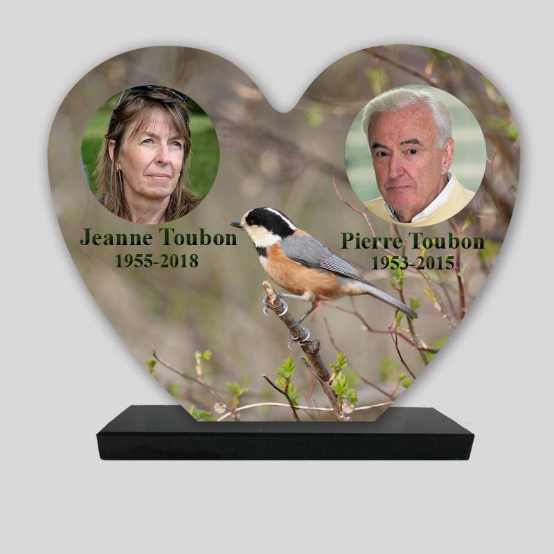 Plaque funéraire personnalisée 2 photos - Paysage d'oiseau - cœur sur socle en granit