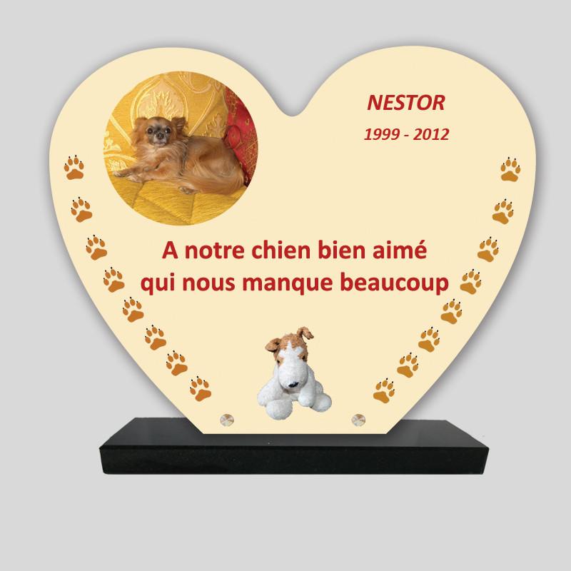 Plaque souvenir personnalisée animaux - Cœur avec peluche et pattes jaunes - sur socle en granit