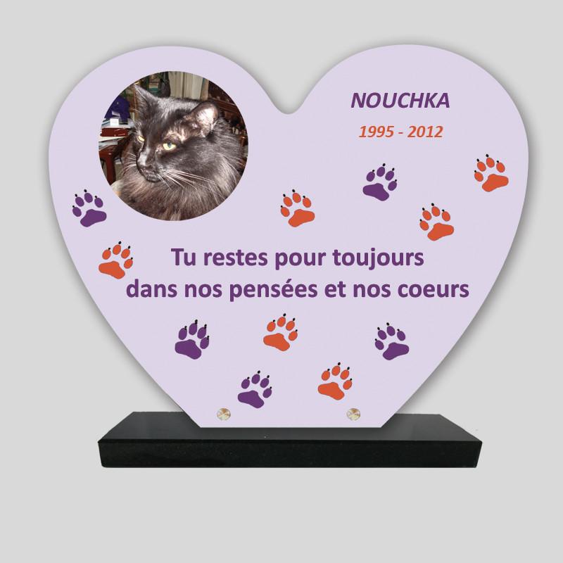 Plaque souvenir personnalisée animaux - Cœur Mauve pattes violettes et oranges - sur socle en granit