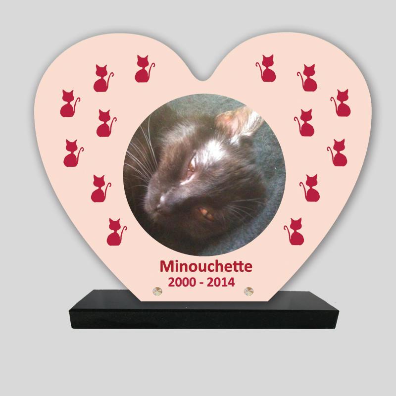 Plaque souvenir personnalisée animaux - Cœur rose pâle avec chat rouges - sur socle en granit