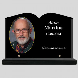 Plaque funéraire personnalisée Livre granit - avec médaillon photo - sur socle ne granit