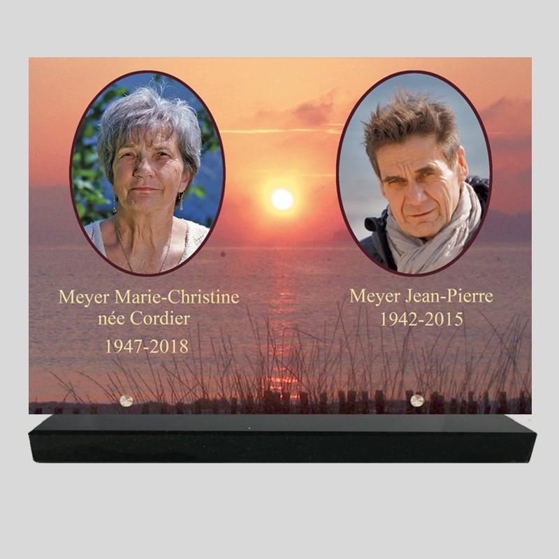 Plaque funéraire personnalisée 2 photos - Mer sous coucher de soleil - sur socle en granit