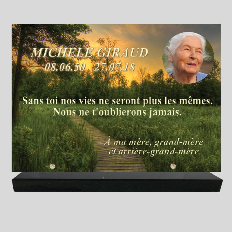 Plaque funéraire Rectangle personnalisée - Chemin dans une forêt - sur socle en granit