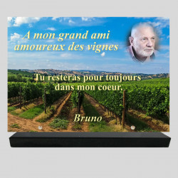 Plaque funéraire Rectangle personnalisée - Vignes dans les champs - sur socle en granit
