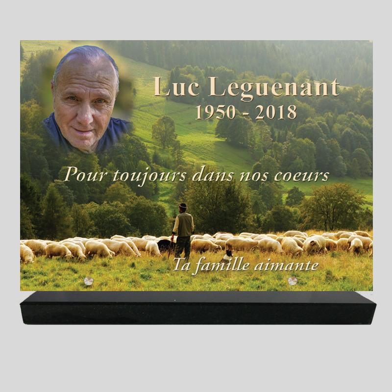 Plaque funéraire personnalisée Rectangle - Berger et ses moutons - sur socle en granit