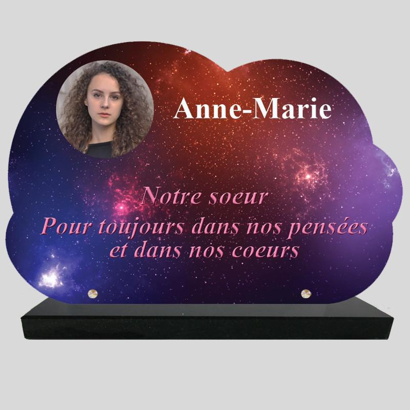 Plaque Funéraire personnalisée Nuage - Décor de ciel nocturne - sur socle en granit